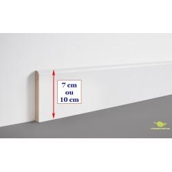 Plinthe en médium bois prépeinte blanche  10 ou 7cm